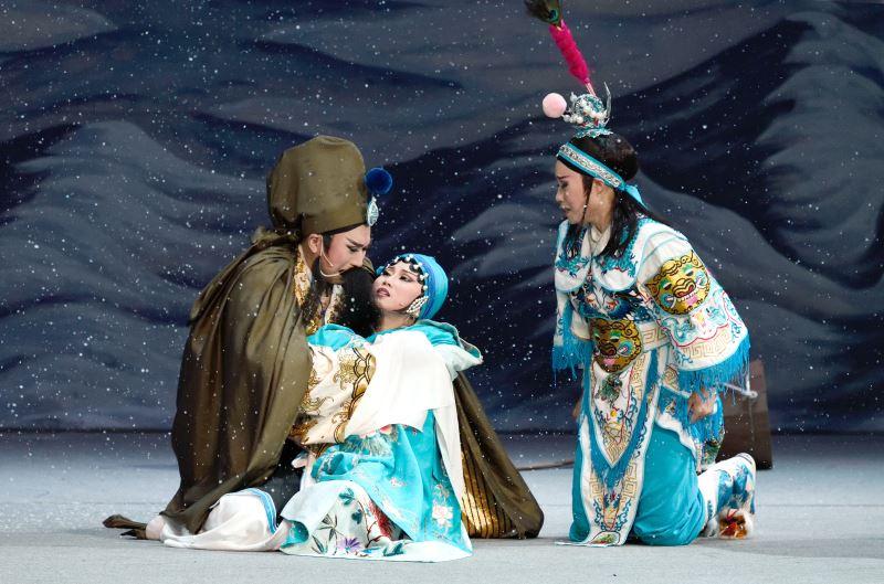 0404-0405薪傳歌仔戲劇團《致遠與三娘》