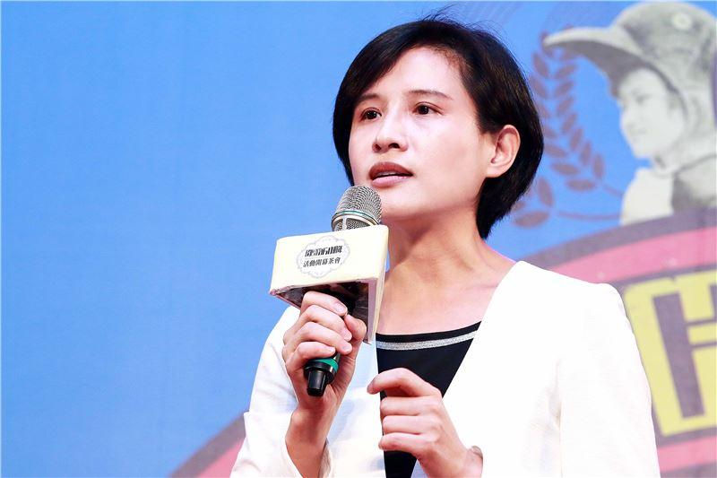 文化部長鄭麗君於今(21)日台語片60週年展覽開幕記者會致詞。