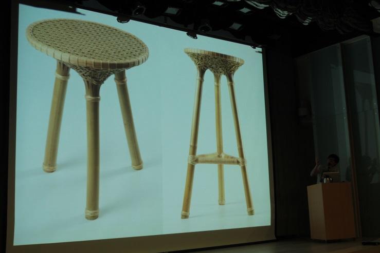 周育潤老師介紹竹凳作品