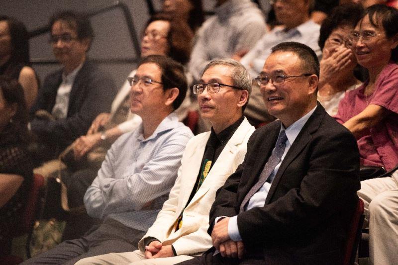 (左至右)臺灣音樂館館主任翁誌聰、國立傳藝中心主任陳濟民、文化部次長蕭宗煌