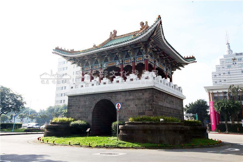 Les anciennes Portes de la ville de Taipei 07