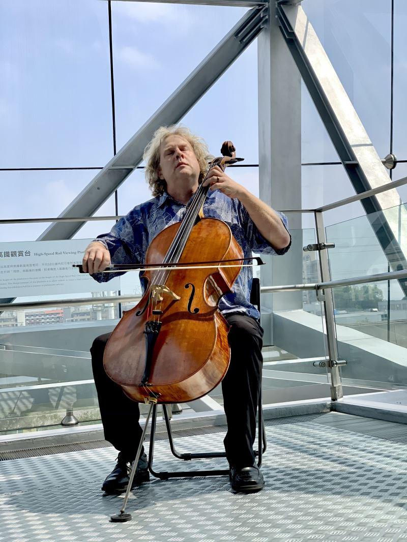 大提琴家Michael Graham