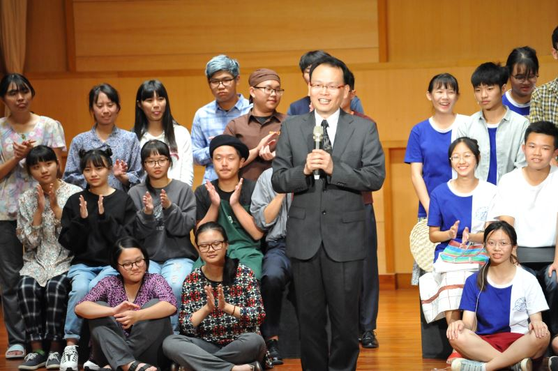 大里高中廖敏樂校長肯定文學讀劇是有意義的教育活動