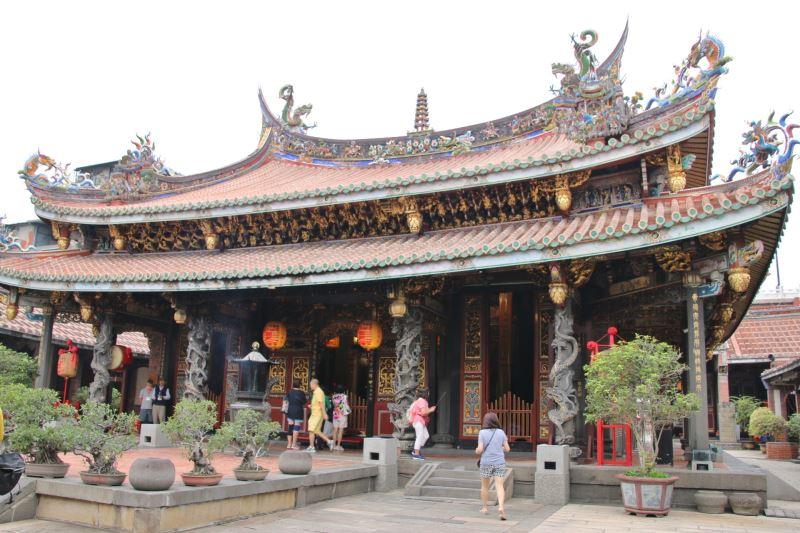 El Templo Dalongdong Baoan.