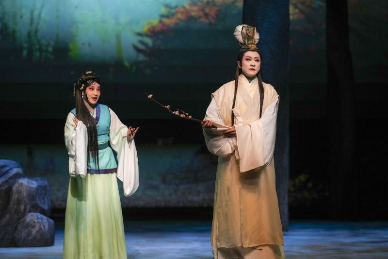狐仙劇照 盛鑑飾男狐 黃宇琳飾女狐 凌嘉臨飾封三娘也娜