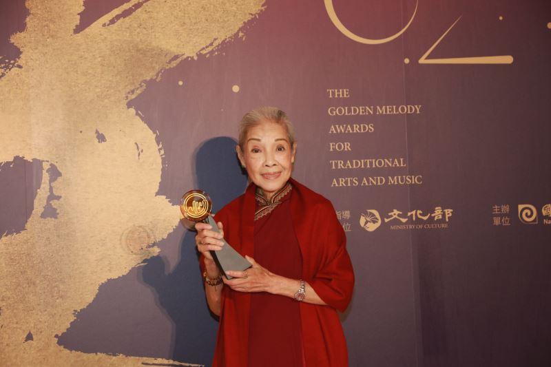 戲曲表演類特別獎:廖瓊枝女士