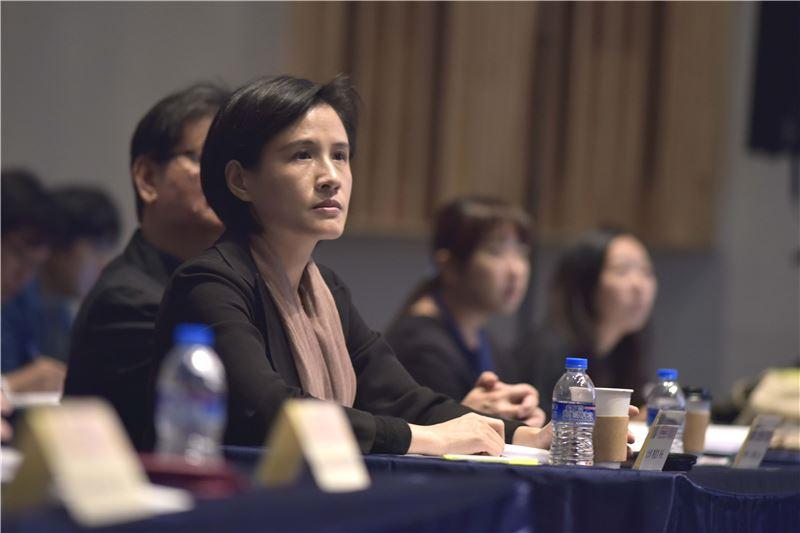 文化部部長鄭麗君至本次研討會向與會者致意並許下臺灣音樂的願景