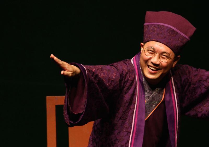 Xiangsheng actor Feng Yi-kang