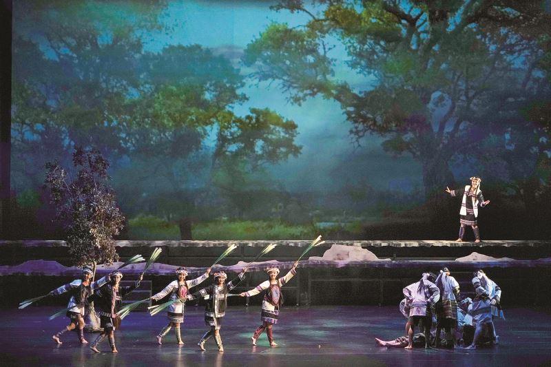 張哲龍為薪傳歌仔戲劇團《夢斷黑水溝》設計之布景。