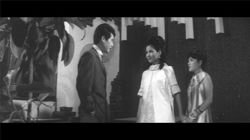 作為一部十足前衛的台語電影,本片已然確立它在台灣影史上的經典地位。