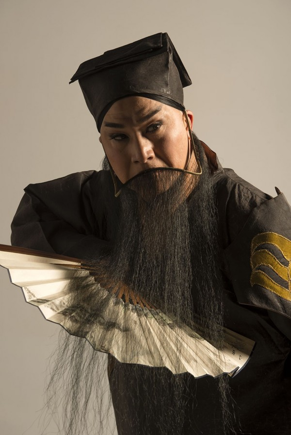 Ming Emperor Xuangzong is played by Tang Wen-hua (唐文華).