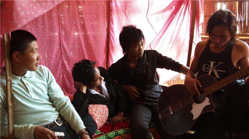 2008年,遠赴台灣唸書的趙德胤,在離家十年後第一次返鄉,覺得故鄉無比疏離。