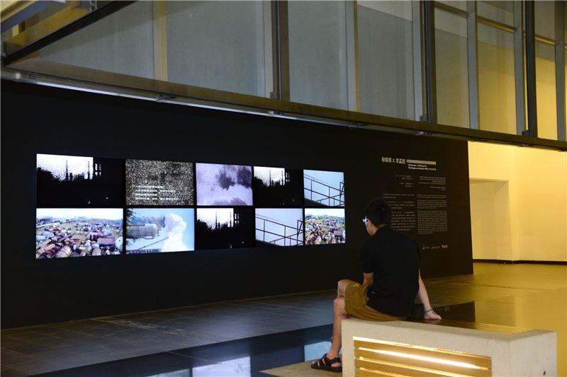 「林泰州x李孟哲:失序的序列PM2.5.7.12.19.31.50」展場