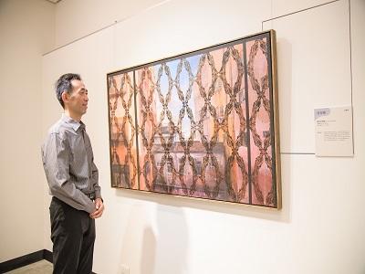 國立國父紀念館王蘭生館長欣賞展覽作品。