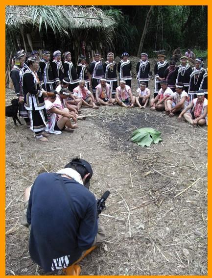 拍攝傳統生活祭儀紀錄片(2008)。
