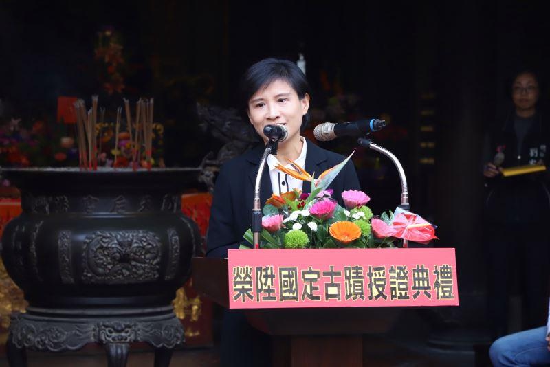 今(3)日文化部長鄭麗君至鹿港天后宮親送國定古蹟指定證書