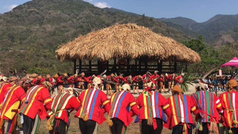 拉阿魯哇族聖貝祭