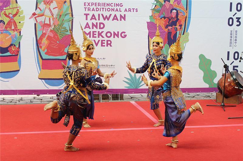 柬埔寨暹粒舞蹈團-1