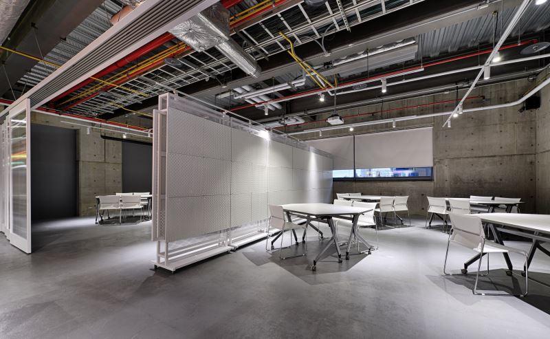 窩空間可容納30-60人參與講座、工作坊等教育活動