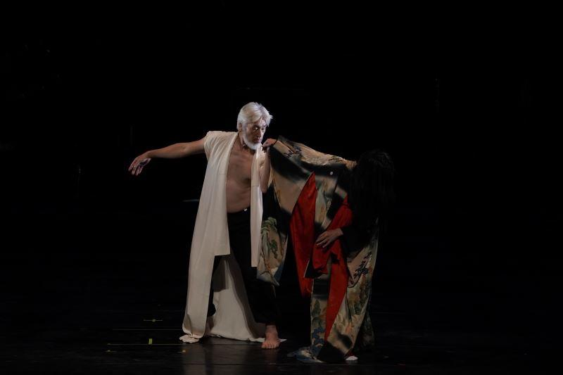 日本坂冬扇菊舞踊首次與臺灣南管音樂合作,尋找日本雅樂與南管音樂之間的共同點。(國立傳統藝術中心提供)