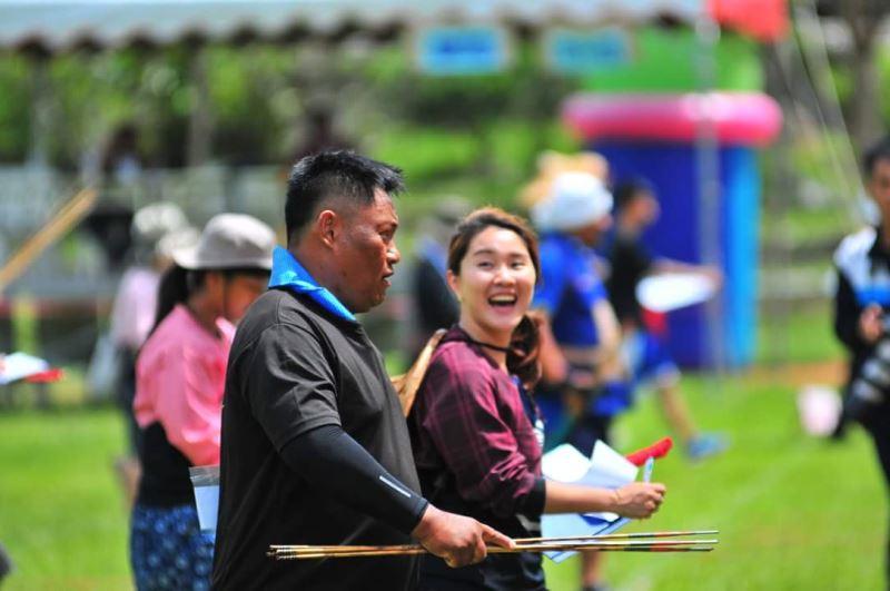 排灣族認為射箭是成年男子必備的技能,射箭比賽因而最受族人喜愛。