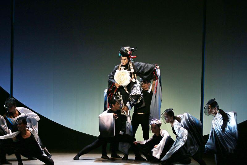 對演員身分的重視,使劉建華願意拋下形象,在《鞍馬天狗》搞笑演出。(莊馥如攝)