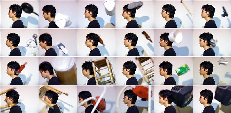 崔廣宇〈十八銅人,穿透,感受性〉2001 行動紀錄/單頻道錄像 3 分 7 秒