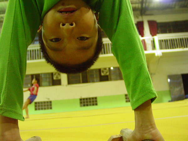 "The director's older brother is a gymnast and gymnastics coach at an elementary school in Yilan, training the seven kids to be ""Jump Boys."""