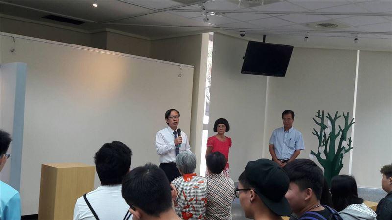 高雄海洋科技大學校長呂學信博士致詞。