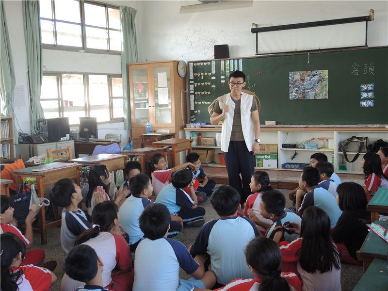 臺南市和順國民小學 唐山過臺灣教具箱到校推廣
