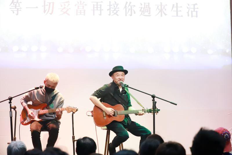 黃連煜現場演唱