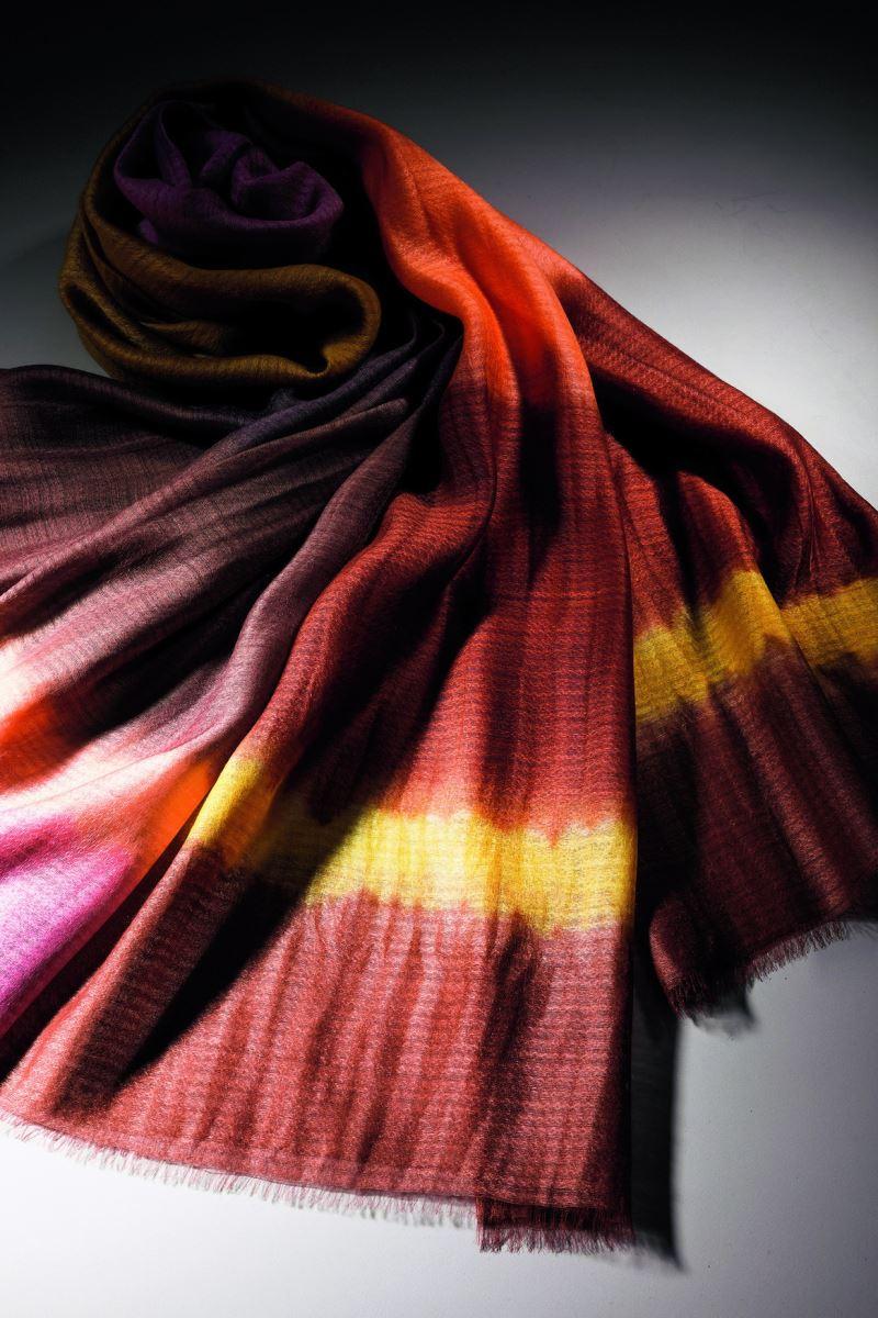 Yii-大地豐饒-天染絲毛段染圍巾