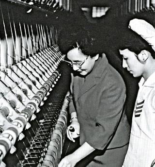 吳舜文於台元紡織