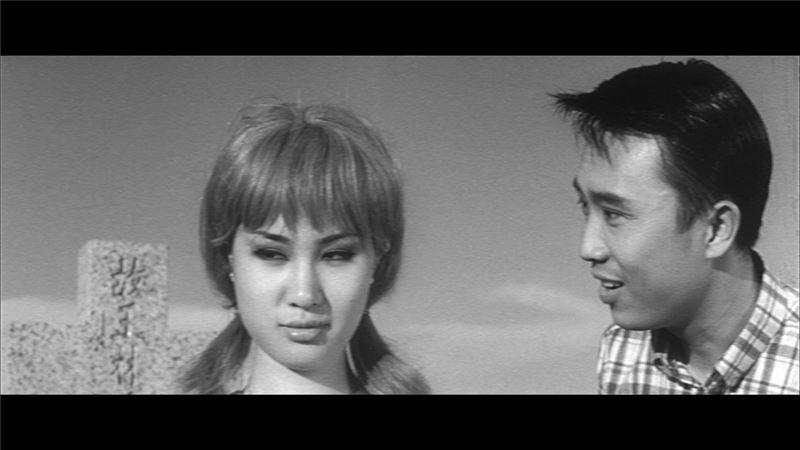 儘管台語片日後消逝,這些敘事元素卻留了下來,在稍後七○年代瓊瑤愛情電影中,以字正腔圓的國語繼續被述說下去。
