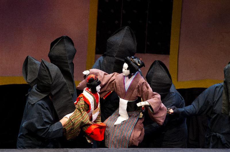 集說唱、樂器伴奏、淨琉璃和木偶藝術於一體的日本德島阿波人形淨琉璃劇團表演