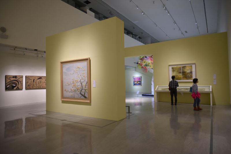 國美館23日將舉行「花之禮讚─四大美術館聯合大展」策展人座談會,圖為國美館展場