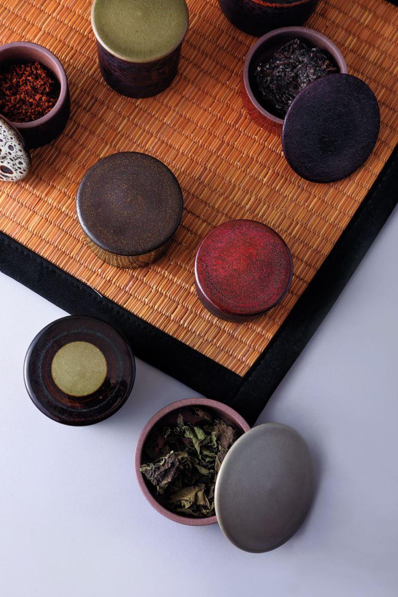 Yii-鐵釉茶倉系列