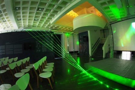 1F-界域之外特展-綠色雷射光束交織設計(回顧)
