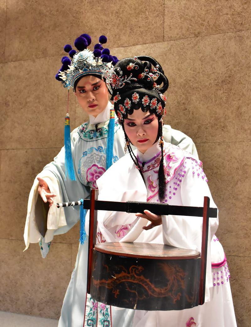 臺灣豫劇團當家花旦蕭揚玲飾寇珠、俊俏王子劉建華飾陳琳3