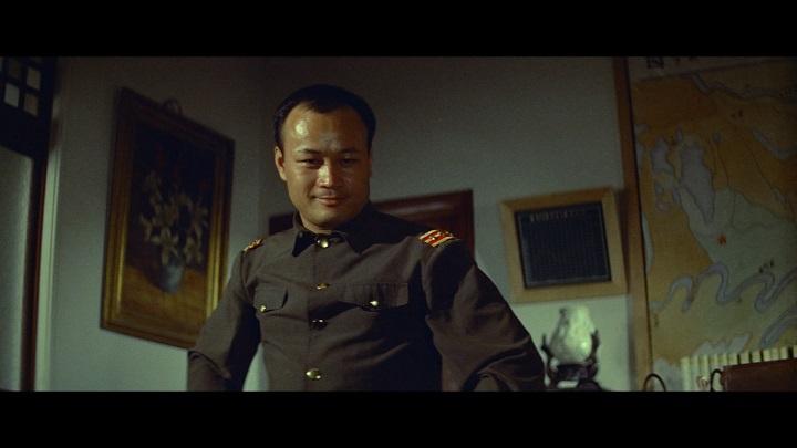 在經過中國情報員李鐵生、日方間諜小林惠子、鐵血抗日旅長卓劍塵、日方內線西野綾子等人爾虞我詐的斡旋,