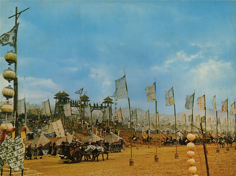 前有李翰祥引入東方好萊塢邵氏規格的《西施》、後有李安引入好萊塢製作團隊在台灣拍攝的《少年Pi的奇幻旅程》,今日觀之,兩者都隱約帶有建立片廠以雪恥復國的意味。
