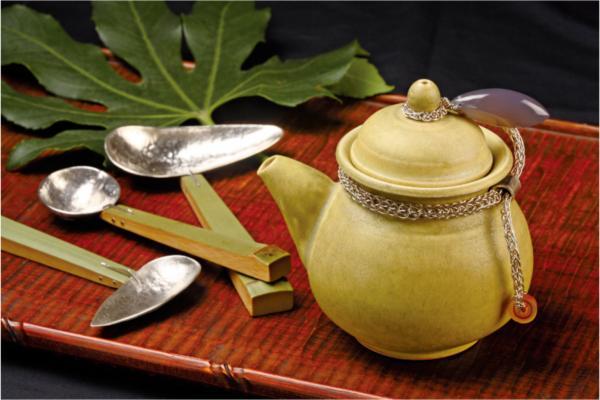 「秋香茶海」與「保青竹銀匙」