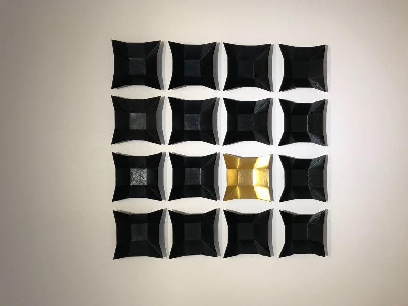 李基宏-4X4六折四方盤型蒔地器皿
