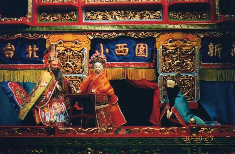 台灣古典布袋藝術人才培育計劃–「許王說戲」之「復楚宮」演出照片。