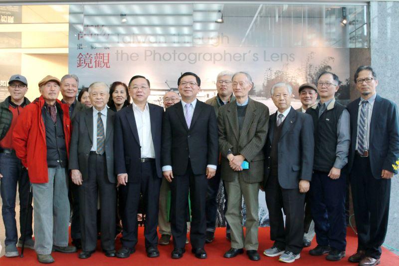 文化部次長李連權(左4)、國立臺灣博物館洪世佑(左3)及與會貴賓合影