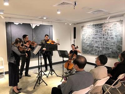 NTSO臺灣青年交響樂團的成員進行「作品導聆」。