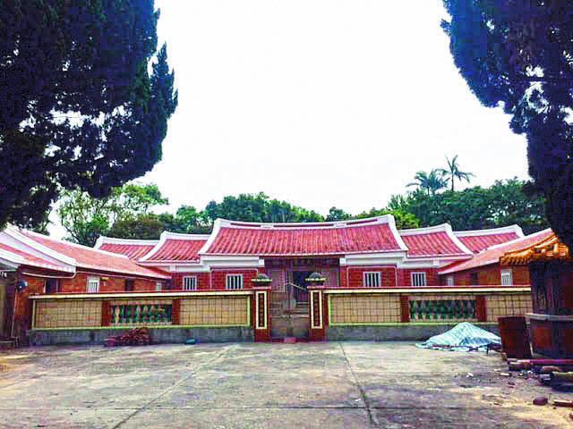 新竹縣戴拾和祖堂(大夫第)古厝修繕即是使用三和瓦廠窯燒的磚瓦。