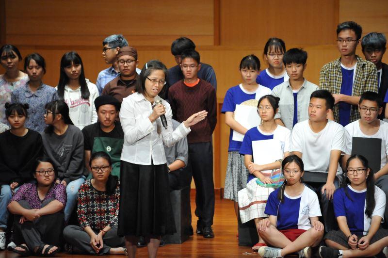 從讀到演,蕭副館長肯定學生的精采表現