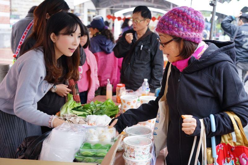 3永續年菜博覽會提供有綠色標章的農產