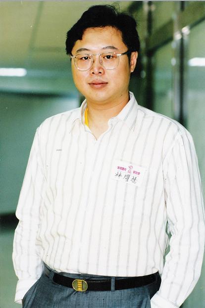 林燿德肖像照(來源/文訊雜誌社)